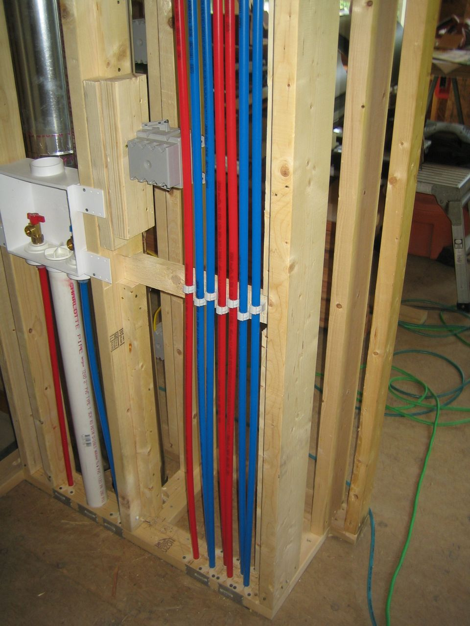 Insulate pex pipes pipe insulation suppliers for Pex water line problems